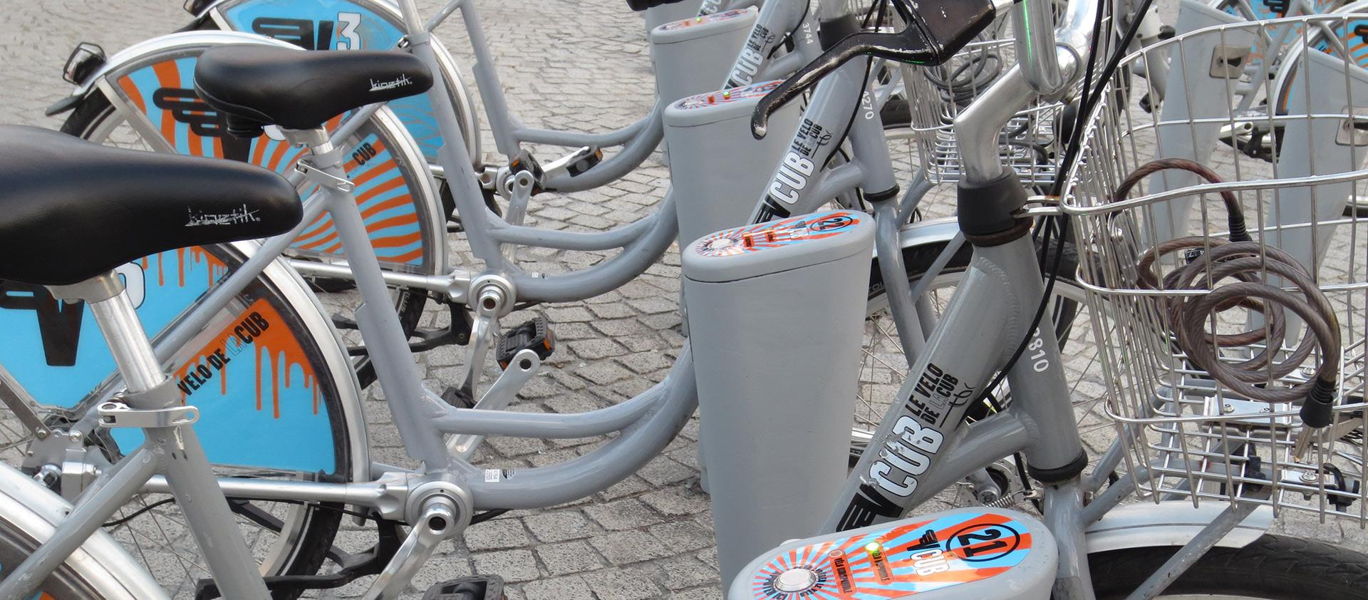Shifting a bicycle sharing scheme into NFC: the VCUB Mobile project